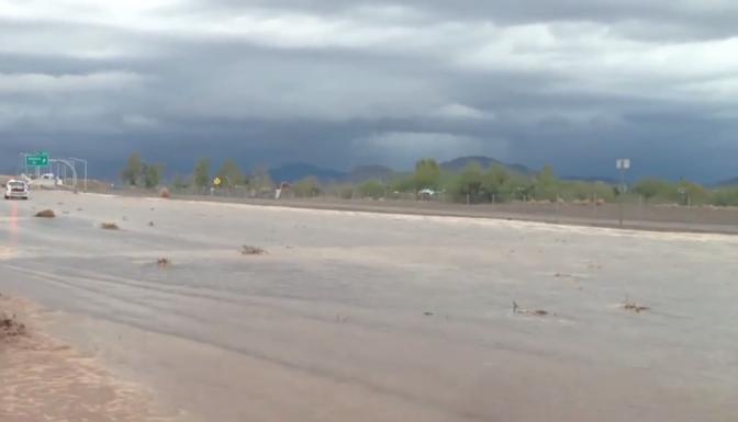 Arizona Floods Monsoon causes Flooding in Phoenix AZ