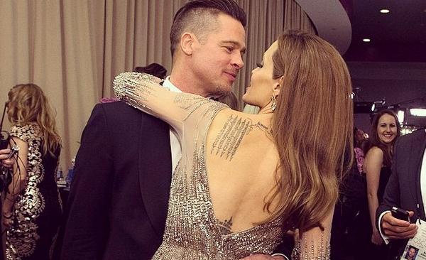 Brad Pitt and Angelina Jolie get Married