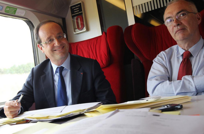French Government Dissolved by President Francois Hollande