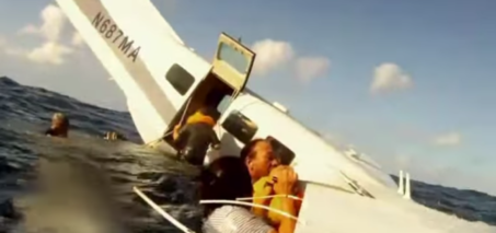 Hawaii plane crash caught on tape with GoPro Camera