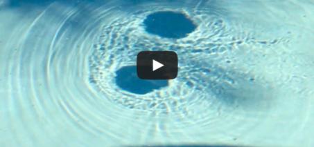 Crazy pool vortex – Black circles that go around the pool