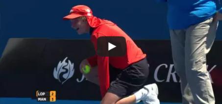 Ball kid hit in the… – Australian Open 2015