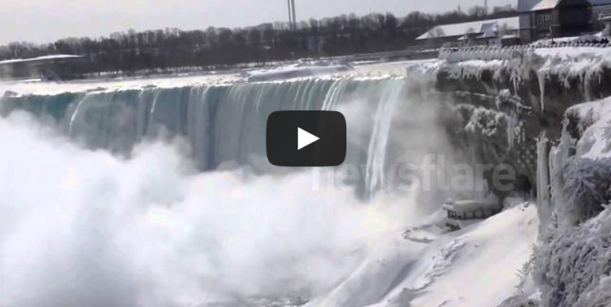 Niagara Falls freezes over