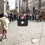 Beatbox a Bruxelles – Old lady dancing to man beatboxing