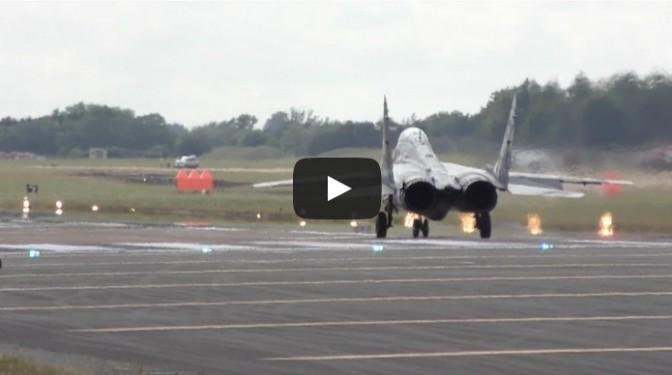 Spectacular Vertical Takeoff MiG-29