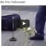 Me this Halloween – Skeleton Dancing to Hotline Bling by Drake