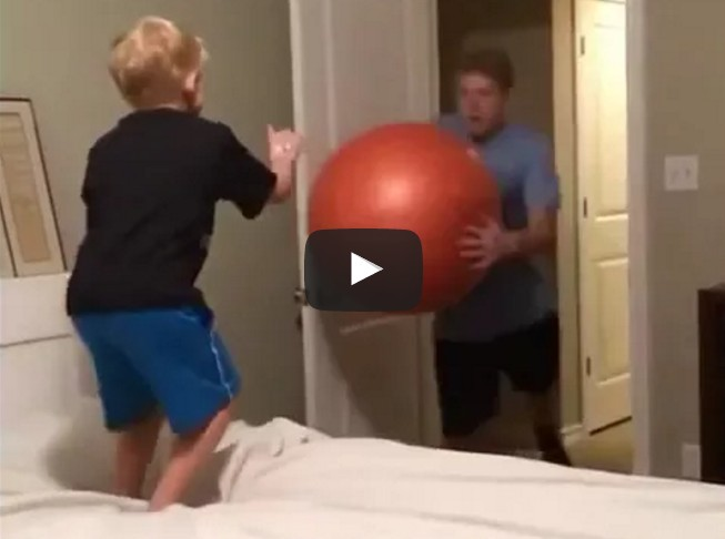 being the youngest brother summed up in 5 seconds